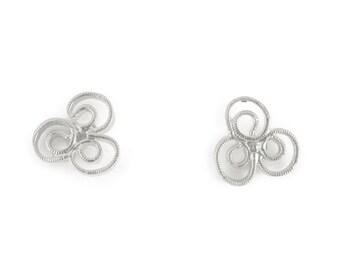 Flower Stud Silver Earrings, filigree earrings, delicate studs, delicate earrings, stud earrings, post earrings, silver stud earrings