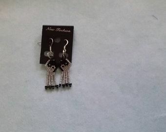 Dainy Brick Stitch Ying Yang Earrings