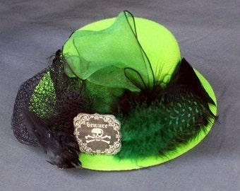 Mini Top Hat Fascinator - Victorian Steampunk Tea Party - Lime