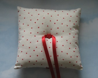 Christmas ring cushion. Christmas wedding ring pillow.