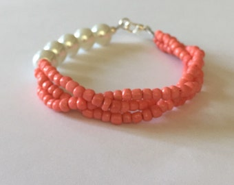 White Pearl and Coral Seed Bead Bracelet