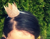 set of 60 mini GOLD GLITTER fascinator crowns First Birthday BACHELORETTE party shower Weddings