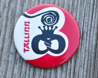 Vintage Soviet tin badge,pin.TALLINN.