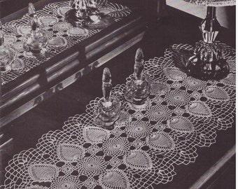Crochet Pattern, Crochet Doily Runner Pattern, Instant Download, Downloadable Patterns, doily pattern, vintage pattern