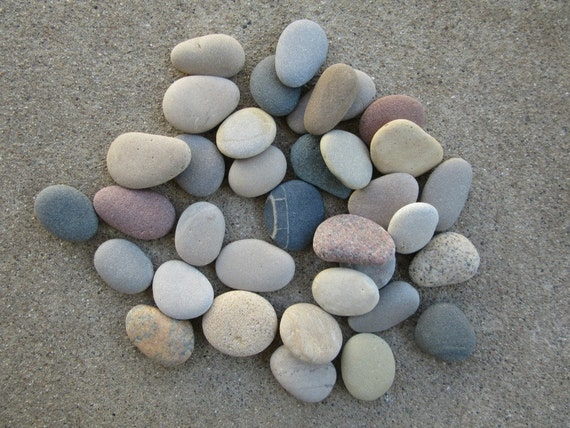 30 chunky smooth flat beach stones lake michigan by for Flat stones for crafts