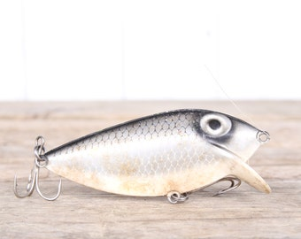 Fishing Lure / Fishing Decor / Thin Fin Vintage Fishing Lure / Antique Fishing Lures / Plastic Lure / Dad Fishing Lure Mens Gift