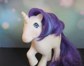 Vintage My Little Pony / Glory My Little Pony Unicorn / G1 White with Blue Purple Hair & Shooting Star Mark / 80s Toy / 80s Pop Culture