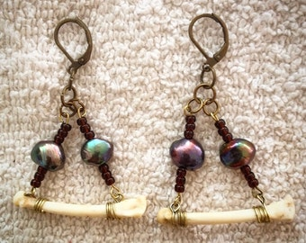 Earrings Bone & Freshwater Pearl