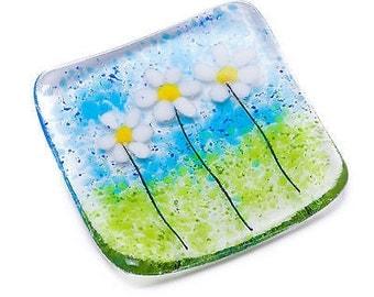 daisies fused glass trinket dish bowl daisy earrings ring necklace flower present teacher teachers wedding bridesmaid mom mum gift gifts