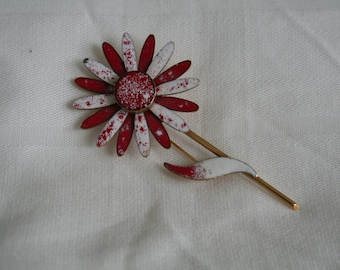Vintage Red and White Enamel Daisy Brooch