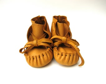 Caramel Baby Moccasins, Deerskin,  Soft soled Baby shoes,Totmocs, Baby moccasins