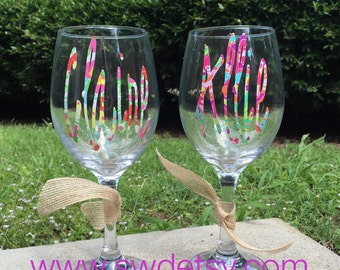 Lilly Pulitzer Inspired Monogrammed / Personalized Wine Glass, Bridesmaid Gift, Bachelorette