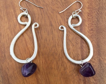 Curvy Amethyst Earrings