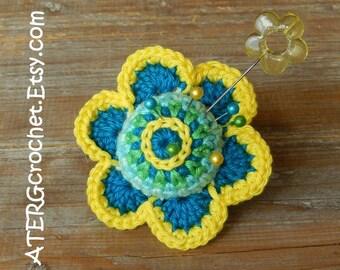 Crochet PINCUSHION FLOWER RING by ATERGcrochet