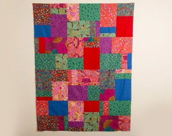 READY TO SHIP, Large Lap Quilt, Modern Handmade Quilt, OOAk, Bright and Modern Quilt, Lap Quilt, Large Baby Quilt, Lap Blanket