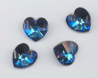 Four sparkling vintage Swarovski crystals - Art. 6202-crystal bermuda blue - 18 x 17.5 mm