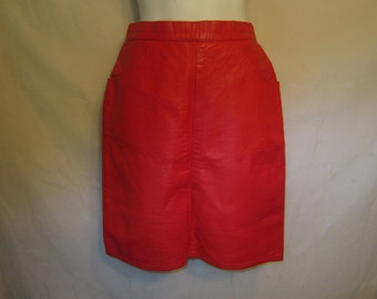 80's Soft Red Leather Fitted Skirt