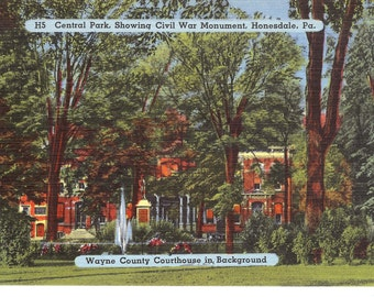 VIntage Linen Postcard...Central Park Showing Civil War Monument, Honesdale, PA..Wayne County Courthouse in Background...Unused..no. 2032
