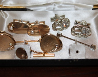 Vintage 3 Sets of Cuff Links in Antique Box