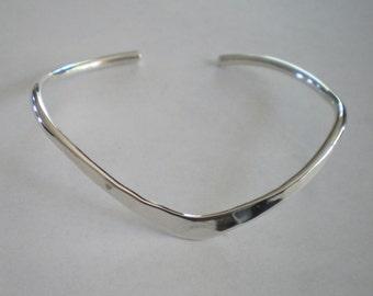 Handmade Sterling Silver Classic Curve Bracelet