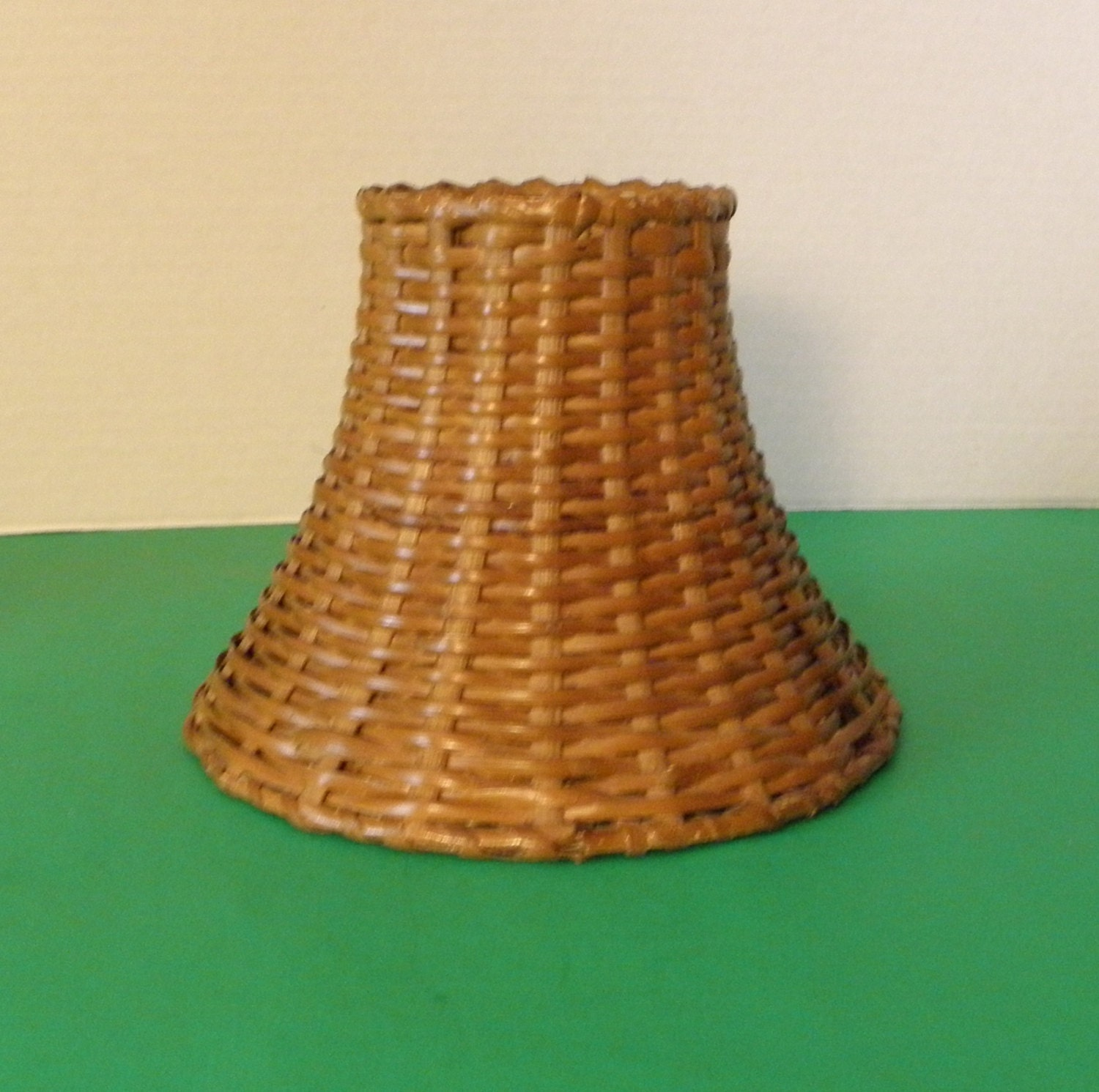 Metal Clip On Lamp Shade: Woven Wicker Clip On Lamp Shade MINI
