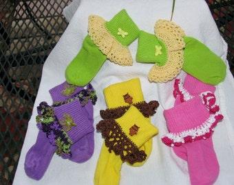 Colorared crochet trimmed socks
