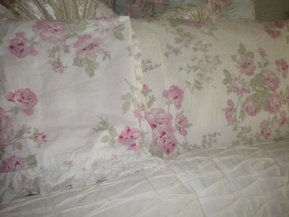 Set of 2 King Size Simply Shabby Chic Pillow Shams Cabbage