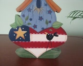 Birdhouse, flag, patriotic, crow, shelf sitting, Americana, shelf sitter
