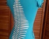 Shredded Braided Summer T Shirt Womens Size Medium Aqua Floral