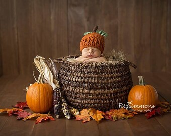 Crochet Pumpkin Hat for Newborn Photo Prop