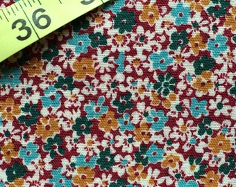 Reserved Floral Fabric / Vintage Floral Fabric / Medium Weight Fabric / Cotton Blend Fabric / Fall Fabric / Fall Floral Fabric / Autumn Flor