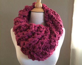 Crochet Shawl Patterns With Bulky Yarn : DIY Crochet Pattern: summer scarf triangle scarf by swellamy