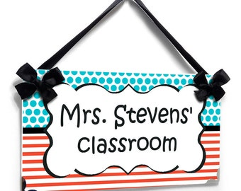 personalized teacher name class door plaque - stripes and dots - P2166