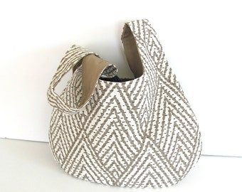 Japanese Knot Bag, Knitting Bag, Self Closing Handbag, Geometric Chevron Wristlet, Knitting Project Bag Taupe Cream
