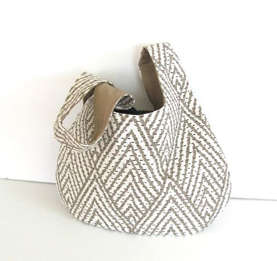 Knot Bag Knitting Pattern : Japanese Knot Bag Knitting Bag Self Closing Handbag
