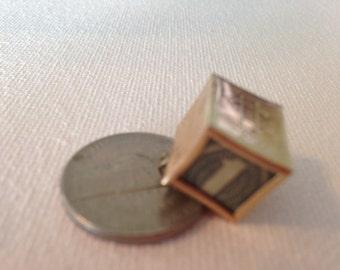 14K  Gold Mad Money Emergency Charm