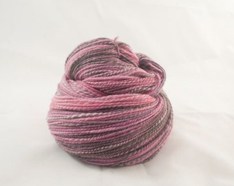 Handspun Yarn Targhee Pink and Grey 435m