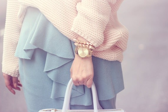 ON SALE: Gold Spikes stretchable bracelet