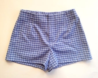 Gingham Hot Shorts size 3