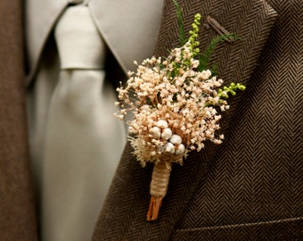 Babys Breath Boutonniere Rustic Wedding Groom Groomsmen  Natural Jute Tallow Berries Magnet on the back