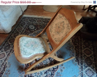 Juvenile Rocking Chair/ wood/embroidered fabric/oak/folding chair