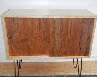 Vintage Hall Table / Console Table / Bar Table / Sideboard / Mid Century Modern Credenza / Cabinet / Liquor Cabinet