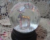 Beautiful Buck Deer Snow Globe :)