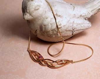 Avon Jewelesque Pastels gold tone necklace 1991 vintage