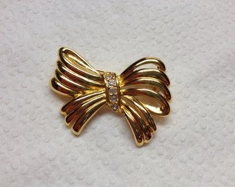 Vintage Goldtone and White Rhinestone Bow Design Pin/Brooch