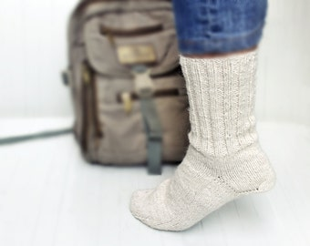 Winter Wool Unisex Socks. 100% Cream White Natural Wool. M-L size socks.