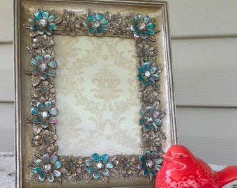 Silver Baroque Table Top 4 x 6 Frame - Highlight in Turquoise & Pink -  Easel Back Picture Frame