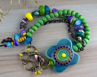 Lagoona  - Art Glass Bracelet made by Michou Pascale Anderson