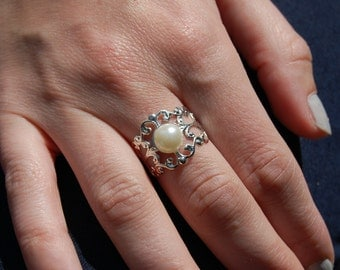 White Pearl Silver Ring