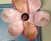 Magnet Board Tray with 6 button magnets and flower from old softball